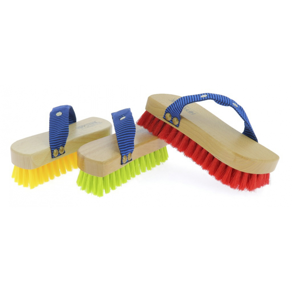 Brosse douce colorée Hippo-Tonic Magnet Brush